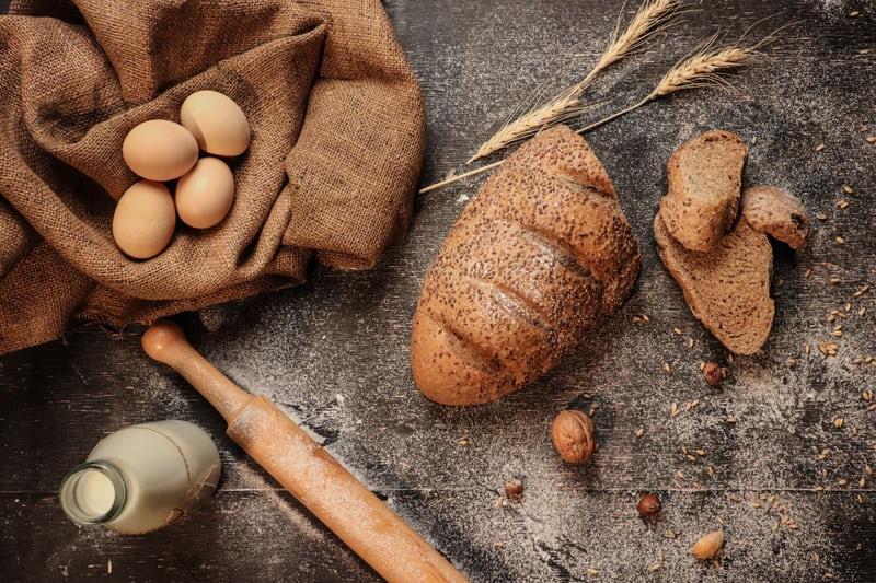 food-allergens-bread-milk-eggs-nuts